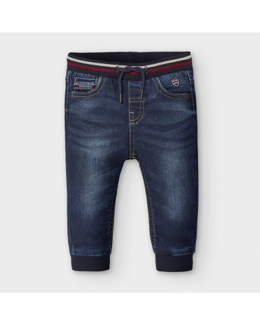 Jeans modello jogger scuro...